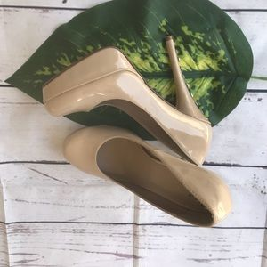"""D"" Shoes - ""D"" Nude Rhinestones Embellished Heels"